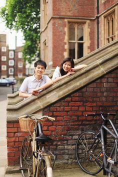 love engagement outdoor photo-shoot London couple pre-wedding
