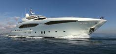 Luxury Yacht : Sunseeker Predator 130