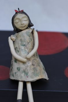 Don't you love her sleeves? #collector, #kiyomikoide, #doll, #ceramicdoll, #ceramicmarionette