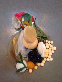 Zeeuwse wilde creuse oester, duindoornbes, radijs. The Jane- Antwerp.