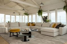 grote u-bank - beige hoekbank - beige u-bank - salontafel ideeën - salontafel set - velvet poef - velours poef - okergele poef - okergele accenten - beige interieur - taupe interieur - hang planten Contemporary, Modern, Interior Styling, Future House, Sofas, Armchair, Velvet, Couch, Living Room