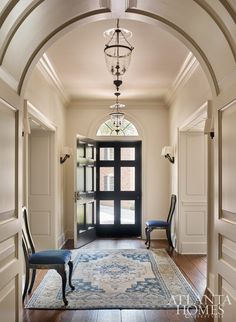 In the current issue of Atlanta Homes and Lifestyle, there is a feature about the renovation of a home in the beautiful Buckhead… Entrance Foyer, Entry Hallway, Entrance Halls, House Entrance, Casas En Atlanta, Enchanted Home, Interior Decorating, Interior Design, Interior Columns