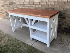 DIY Farmhouse Desk plans that will make your home office pop! Need an office farmhouse desk to spice up the home office? These DIY Desk Plans will make your office come to life. Woodworking Furniture Plans, Diy Furniture Plans Wood Projects, Easy Woodworking Projects, Wood Furniture, Office Furniture, Woodworking Apron, Woodworking Equipment, Woodworking Store, Woodworking Machinery