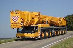 United Machinery Training Center: Mobile Crane Training In Hazyview Heavy Construction Equipment, Heavy Equipment, Crane Construction, Crawler Crane, Welding Rigs, Drilling Rig, Heavy Machinery, Fire Engine, Custom Trucks