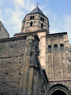 Middle Ages Wonders: Cluny Abbey. The church at the Cluny Abbey was once the biggest in the world. It steeples towered over the surrounding landscape like a giant. Not only was Cluny big in size but also in influence over the Catholic Church, becoming at one time almost as powerful as the Pope.