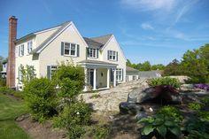 17 Beacon Hill Road Newport, Rhode Island