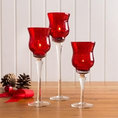 Make your candles shine this season with the Illume Glass Candle Holders.