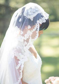 #Veil | Martha's Vineyard Wedding from Jenny Moloney | On #SMP Wedings:  http://www.stylemepretty.com/massachusetts-weddings/marthas-vineyard/sailing-camp/2013/12/04/marthas-vineyard-wedding-from-jenny-moloney/