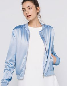 SILK SATIN BOMBER JACKET - JACKETS - WOMAN - PULL&BEAR Netherlands
