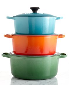 Le Creuset Signature Enameled Cast Iron Round Dutch Ovens - Cookware - Kitchen - Macy's