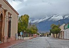 Calle Hidalgo ubicada en Centro Histórico del Municipio de Arteaga, Coahuila, México