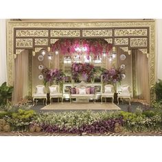Jaw-dropping decoration that catches our hearts! Extremely in love with the golden ornamentation and greeneries combo that builds a chic and glamorous ambience. The addition of pastel shades accent adds an intimate touch to the whole set up. Who wants this bridal stage decor by @gaianata for their wedding? Leave your answer below! Dream Wedding, Wedding Things, Wedding Stuff, Wedding Ideas, Indonesian Wedding, Pastel Shades, Marry Me, Greenery, Backdrops