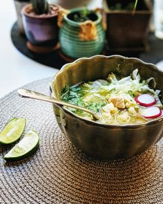 mexican recipes with chicken Instant Pot(R) Chicken Posole Verde Posole Recipe Chicken, Posole Verde Recipe, Mexican Chicken Recipes, Best Mexican Recipes, Instant Pot, Pressure Cooker Recipes, Pressure Cooking, Slow Cooker, Healthy Cooking