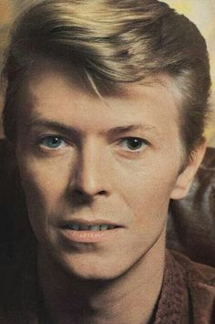 David Bowie...omg he's perfect!!!