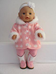 Een schattig jasje voor Baby Born Girl