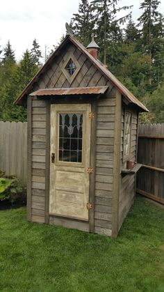 Good No Cost rustic garden shed Style Back garden outdoor sheds currently have several utilizes, which includes holding family debris in addition to. Backyard Sheds, Outdoor Sheds, Garden Sheds, Garden Tools, Rustic Backyard, Shed Conversion Ideas, Rustic Shed, Rustic Style, Home And Garden Store