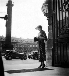 American tourist – Hôtle Ritz Place Vendôme, Paris 1920s.