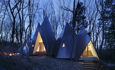 Tipi Houses in the Woods – Fubiz Media