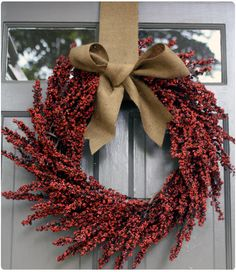 Love this wreath for fall!  Would even work for Christmas too!!