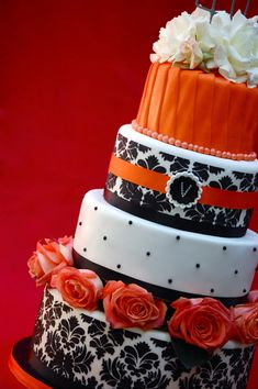 Black, White and Orange Damask wedding cake. Any color would work with the black & white Gorgeous Cakes, Pretty Cakes, Cute Cakes, Amazing Cakes, Damask Cake, Damask Stencil, 40th Birthday Cakes, Orange Wedding, Fancy Cakes
