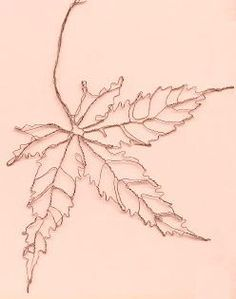 wire art - japanese maple leaf  http://wirelady.com/berrienwirebotanypage.html