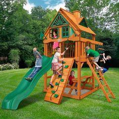 Small Yard Kids, Backyard Ideas For Small Yards, Small Backyard Landscaping, Nice Backyard, Sloped Backyard, Landscaping Jobs, Small Patio, Backyard Playset, Backyard Playground