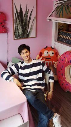 Thailand Fashion, Korea Fashion, Visit Thailand, Thailand Travel, Asian Boys, Asian Men, Scuba Diving Thailand, Thailand Adventure, Thai Drama