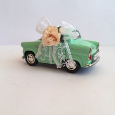 Yeşil Vintage Araba Nikah Şekeri çiçek süslemesi...