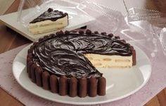 A Torta Alemã com Palitinhos de Chocolate é uma sobremesa de dar água na boca. Faça para os seus familiares e convidados e receba muitos elogios! Veja Tamb