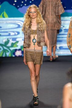 Hippie- Halloween costumes from the runway