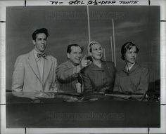 1952 Press Photo John Cameron Swayze new commentator - Historic Images