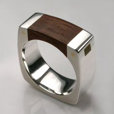 Mortice Ring Silver. #ring #wood #stylish http://trkur1.com/115270/19175?s1=pin