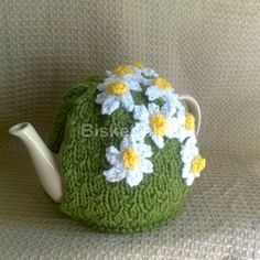 Hand Knitted Daisy Tea Cosy.