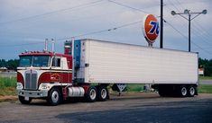 One Sweet Rig | by Bill Bedell - US Trailer would love to repair used trailers in any condition to or from you. Contact USTrailer and let us repair your trailer. Click to http://USTrailer.com or Call 816-795-8484