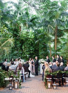 Hemingway House Ceremony. Photography: Lance Nicoll Wedding Photography