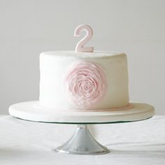 sweet cake for 2 years old baby girls