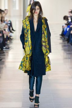 Antonio Berardi Fall 2015 ready to wear first ensemble in the collection showcased prints that resembled prints on Aesthetic dresses in 1905. Even though the silhouette is no were near the same the basic yellow floral prints seem very similar to the prints used on those dresses during that time. 4/6/15