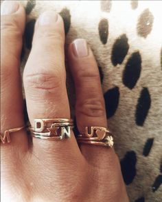 Entangled rings close up 👀 Any combination is possible