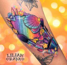 No photo description available. Girly Tattoos, Badass Tattoos, Pretty Tattoos, Beautiful Tattoos, Cool Tattoos, Lipstick Tattoos, Makeup Tattoos, Body Art Tattoos, Tattoo Drawings