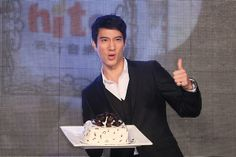 Taiwanese singer Leehom Wang attended a press conference for Hit FM Music Awards in Taipei, Taiwan, April 2, 2014. The newly-wed singer said he had no plans for a baby yet, hoping to enjoy more romantic time with his wife Lee Jinglei. He also revealed that after he took a shower he usually did not get dressed and just stayed naked.