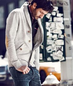 """Great casual... love the gray button """"thing"""" :P ...  #men #style #casual"""