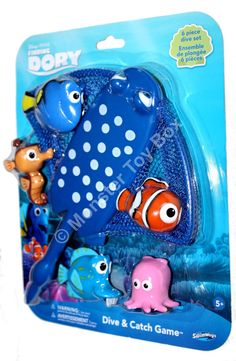 3b9bb71a8c0 Swimways Finding Dory Mr. Ray Dive and Catch Dory Nemo Pearl Sheldon   Kathy