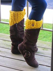 Crochet Dreamz: Bailey Boot Cuffs, Free Crochet Pattern| boot cuffs to dress up leggins this winter :)