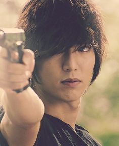 Lee Min Ho looking extra badass :)