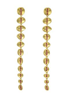 Wright & Teague earrings in yellow gold with Gemfields Mozambican rubies. - like the length Contemporary Jewellery, Modern Jewelry, Jewelry Art, Gold Jewelry, Jewelry Necklaces, Jewelry Design, Jewellery Earrings, Fine Jewelry, Designer Jewelry Brands