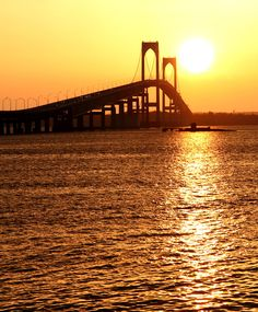 Claiborne Pell Bridge in Newport, Rhode Island, NewEngland Newport Bridge, Rhode Island History, Narragansett Bay, Newport Rhode Island, I Love The Beach, Best Western, Sunrises, Toulouse, Hotels And Resorts