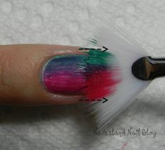 Fan Brush Gradient Mani - curious if this would actually tuen out cool or not Get Nails, Fancy Nails, Love Nails, How To Do Nails, Pretty Nails, Hair And Nails, Color Nails, Nail Art Designs, Nail Blog
