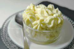 Crema Mousseline di Ladurée alla vaniglia e limone