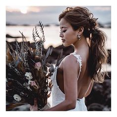 Wedding bride hairstyle <latest 2019 version> Arranged images by hairstyle - Wedding dresses - Dress Hairstyles, Wedding Hairstyles For Long Hair, Latest Hairstyles, Bride Hairstyles, Hairstyle Images, Hairstyle Wedding, Wedding Makeup, Wedding Bride, Wedding Dresses