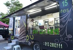 Wheel Cut Mobile Hair Salon